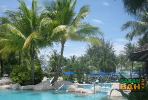 The pool at Nexus Resort & Spa Karambunai