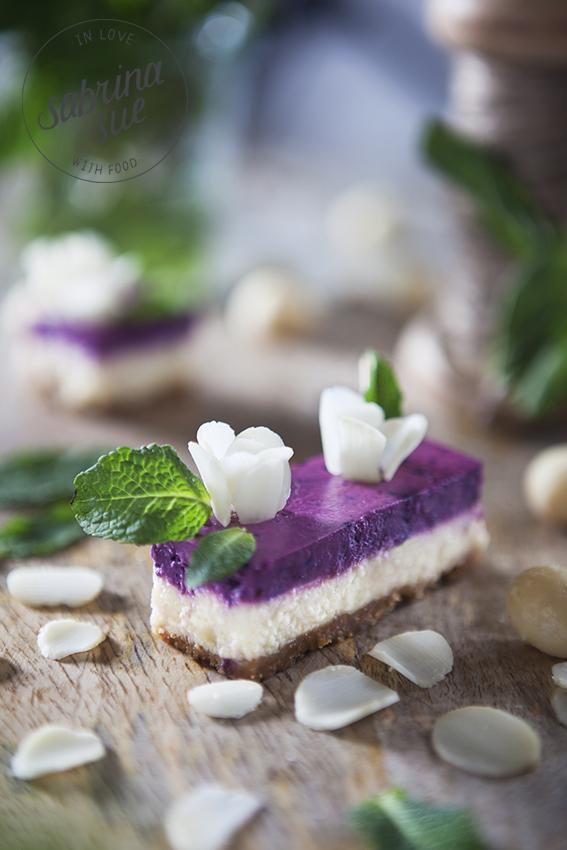 macadamia blossoms cheesecake