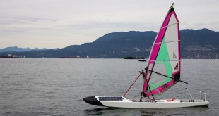 "Students sending ""Sailbot"" across Atlantic. VIDEO"