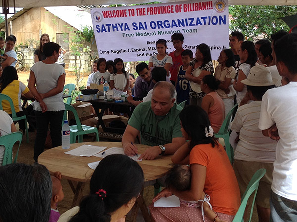 Free medical camp in Biliran