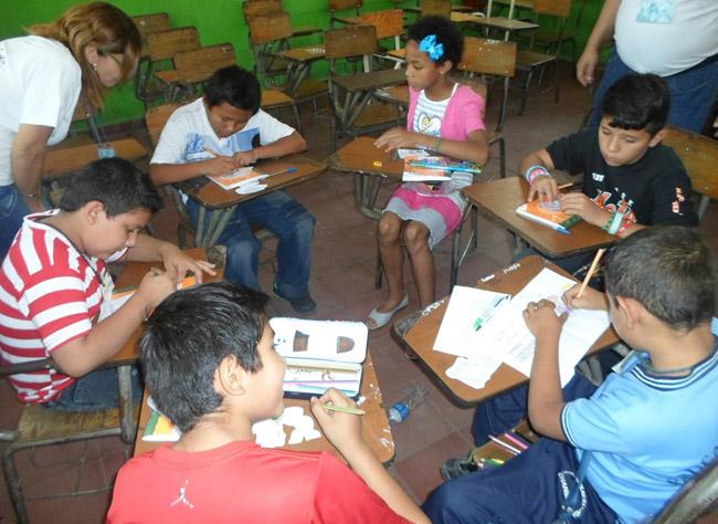 Teacher trainees with children