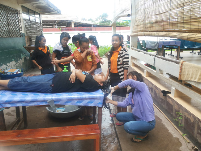 Sathya Sai Volunteers at blind children's school