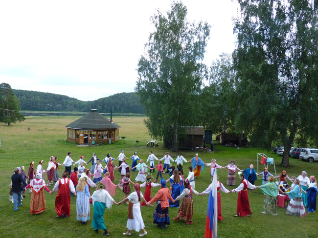 2014.07.20-29 -8Z-Russia-Ural region - Arakeeva - Child Zonal camp - The festival of the peoples of the world (dance of the Slavic peoples)
