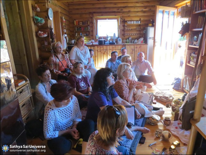 Croatian volunteers singing devotional songs after the service is done in the village Letovanic 18.10.14