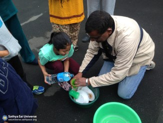 New Zealand - SSE Big Day Out -Saving Water while washing plates - COD Big Day Out 4 July 2015 C copy