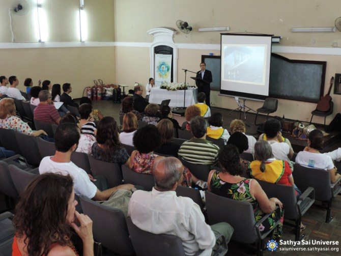 Z2B-Brazil-2015-08-01-Lecture of the President of the Sathya Sai Institute copy