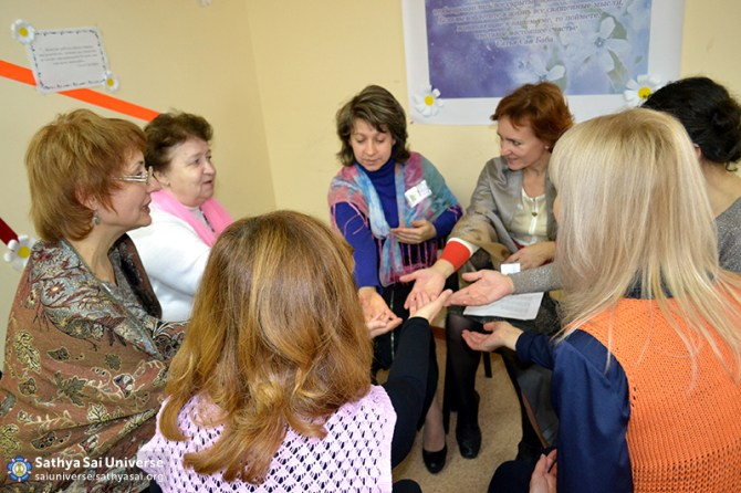 2015.10.31-Z8-Russia-1 region-Conference on Education-drawing lessons