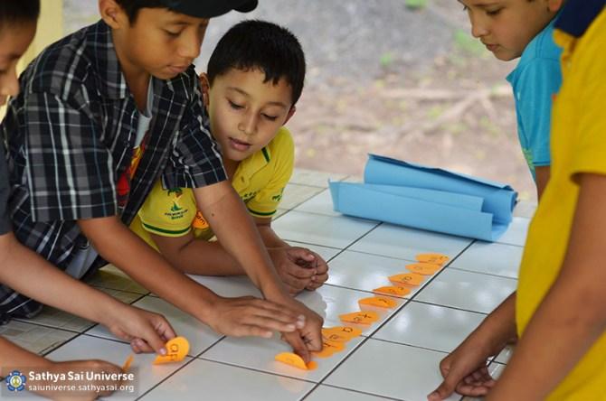 Z2A El Salvador serving children 2015-10-04 11.33.06