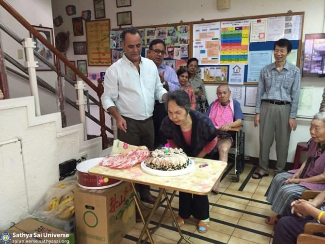 Zone 5 taiwan 90th birthday seva old folks home 4 copy