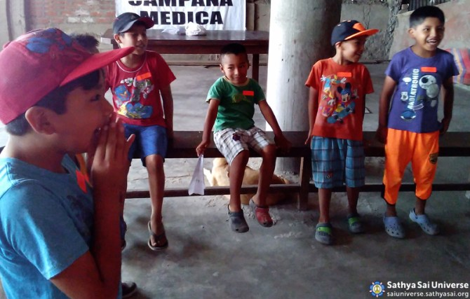 Service San Francisco Hill - Educare Children in Class. March 2016. Lima,Peru. Zone2B Region22 copy