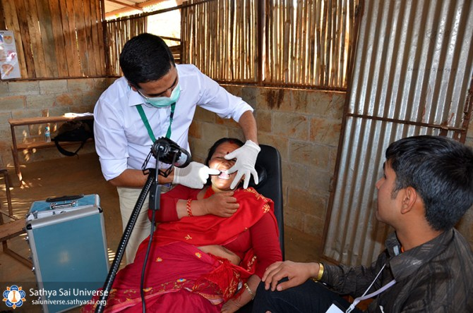 nepal-medical-camp-jun-17-dental-check