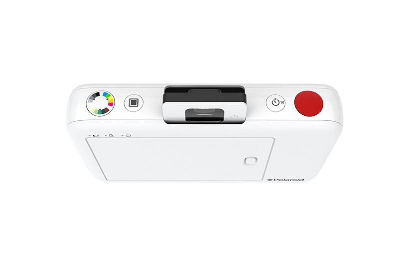 polaroid-snap-instant-camera-designboom-05-818x529