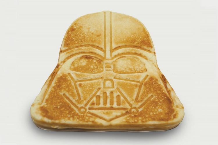 darth-vader-pancake-maker-2