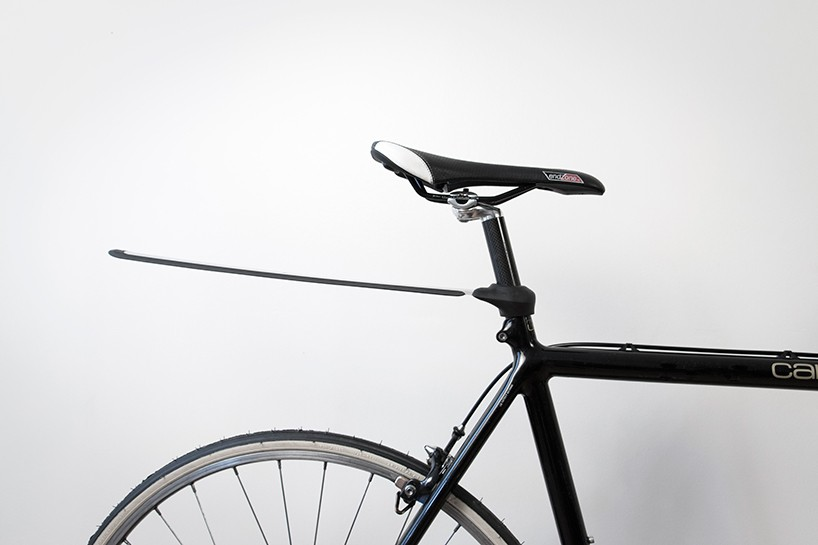 plume-mud-guard-bicycle-accessory-designboom-01-818x545