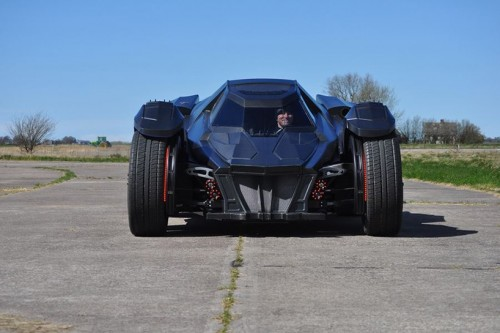 caresto-arkham-car-team-galag-gumball-3000-designboom-05-818x544