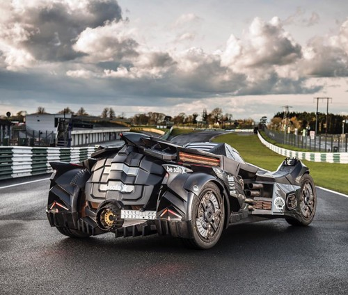 caresto-arkham-car-team-galag-gumball-3000-designboom-gallery15