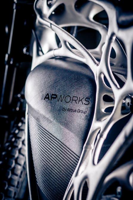 apworkslightrider3dmotorcycle-4