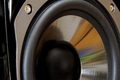 speakers-864497_640