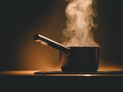 food-pot-kitchen-cooking-medium