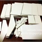 mini金庫の制作経過。カルトナージュは厚紙からできている。