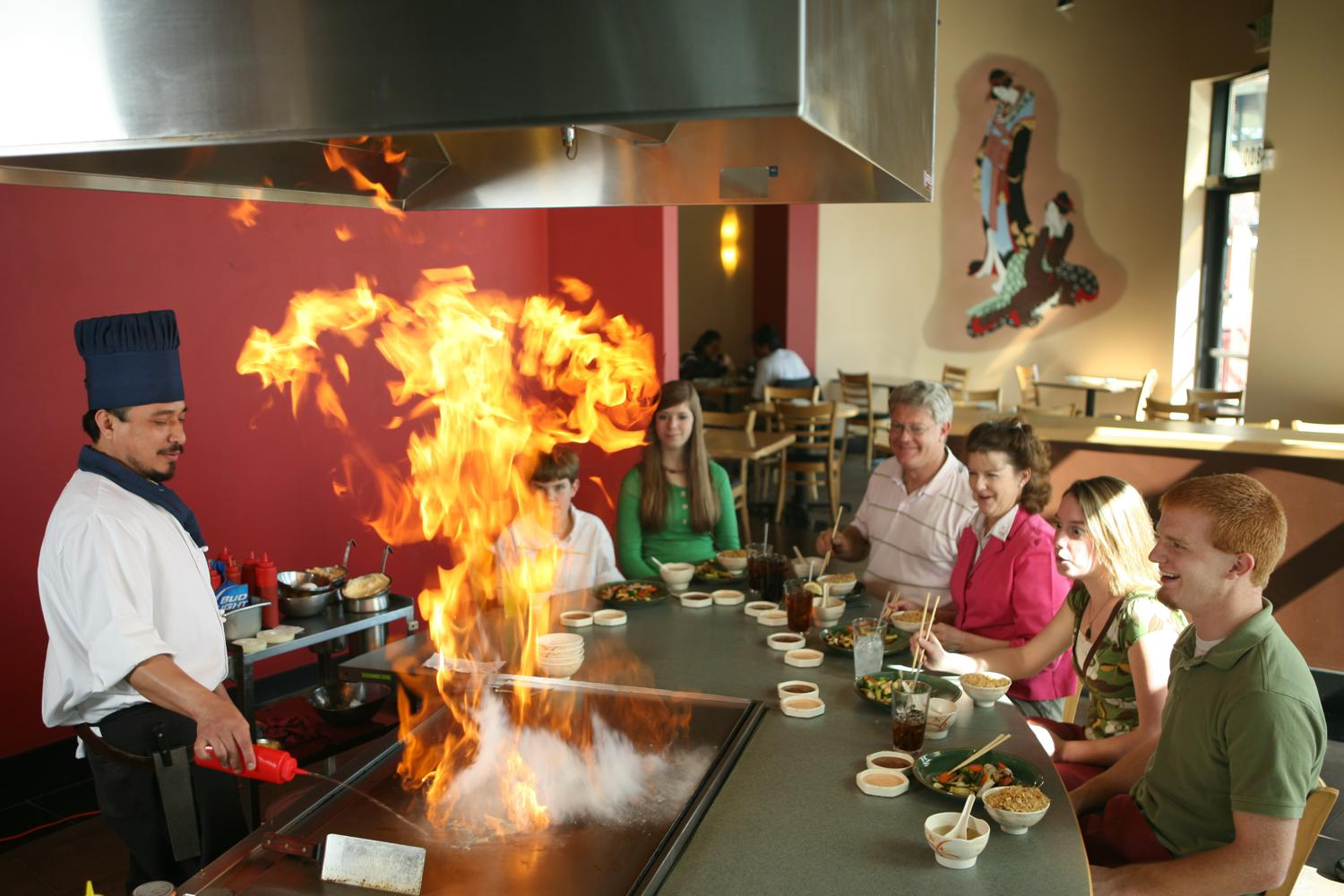 Ready Great Meal Fun Hibachi Grill Show on Traditional Japanese House Style