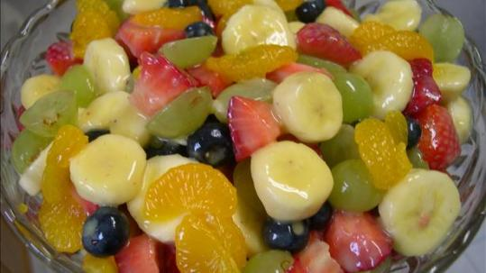 child creamy Fruits sallad