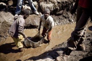 Sénégal : la dangereuse ruée vers l'or des mineurs de fond