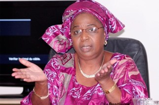 Scandale au ministère de la santé : Imitation de la signature du ministre Eva Marie Coll Seck, Cheikh Oumar Bâ tombe…