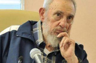 L'ancien dirigeant cubain Fidel Castro le 9 avril 2013 à La Havane sur une photo publiée par le site cubain officiel . © AFP