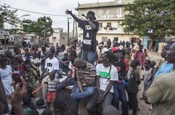 Le mouvement citoyen sénégalais Y'en a marre à Dakar, en 2011. CRÉDITS - REUTERS01