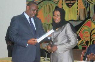 Nafy Ngom Keïta a prévu de déballer la semaine prochaine… Ce que l'on sait encore sur son départ précipité de l'OFNAC