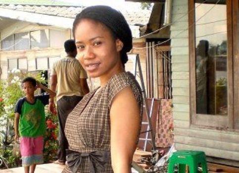 Ify Aniebo, une jeune étudiante de l'École d'hygiène et de médecine tropicale de Londres, crée une application pour détecter le paludisme