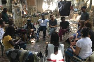 Grâce à une grande mobilisation contre son expulsion, Issa Samb alias Joe Ouakam, obtient un sursis