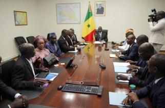 Macky Sall à l'opposition : «J'ai fait mieux que Diouf et Wade (…) Je suis resté 1 an en tant que président de l'Assemblée nationale sans sortir à la RTS parce que j'avais des problèmes avec Wade et c'est vous, Oumar Sarr qui faisiez ça»