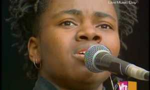 tracy-chapman-talking-bout-a-revolution-nelson-mandela-1988
