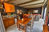 Wairua Lodge guest lounge