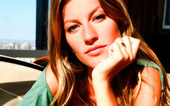 Красивая модель Жизель Бундхен