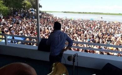 La Boca desbordó de gente en otra exitosa Fiesta Del Balneario