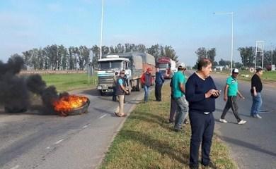 San Genaro: municipales cortaron el cruce de Rutas 34 y 65