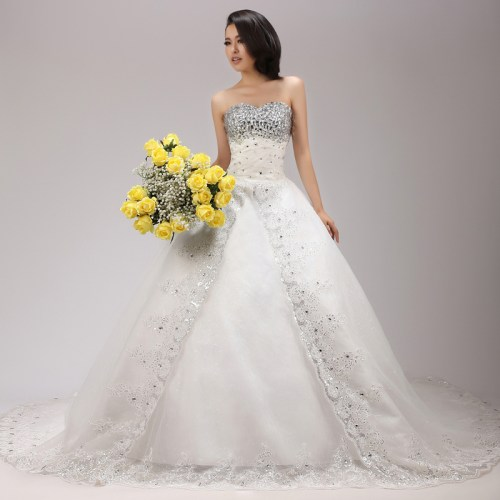 Princess wedding dresses with bling sangmaestro for Bling princess wedding dresses