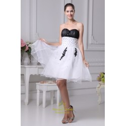Small Crop Of Black And White Wedding Dress