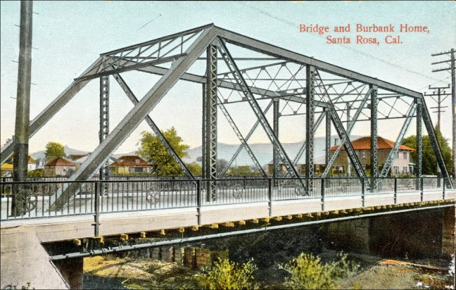 The steel bridge built in 1907, often called the iron bridge in error. Image: Sonoma County Library