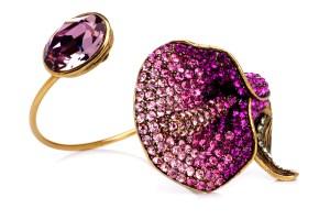 Nádia Gimenes - pulseira aro le jardim pedra antique pink de