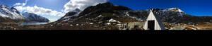 Skelfjord_Schutzhütte_unterhalb_des_Volandstinden