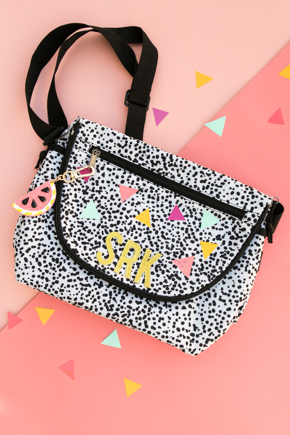 Indoor My Love School Supplies Just S At Think A Lunch Bag Is A Must Today Sharing An Easy Way To Personalize Alunch Diy Colorful Decorated Lunch Bag Sarah Hearts baby Cute Lunch Bags