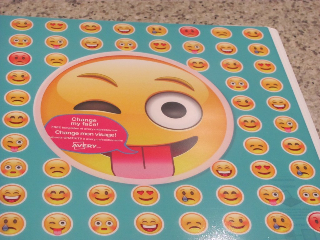 Hot On The Street & Staples Canada - Avery Emoji Binder