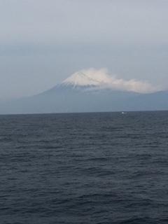 ブログ写真フェリーからの富士