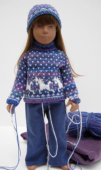 Girl Sweater Purple 2