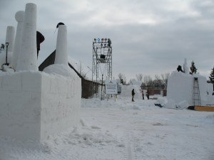 snowcarving crew at Festival du Voyageur
