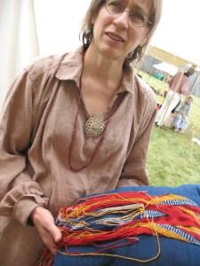 pillow anchored weaving